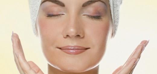 Máscara caseira de gelatina para remover cravos